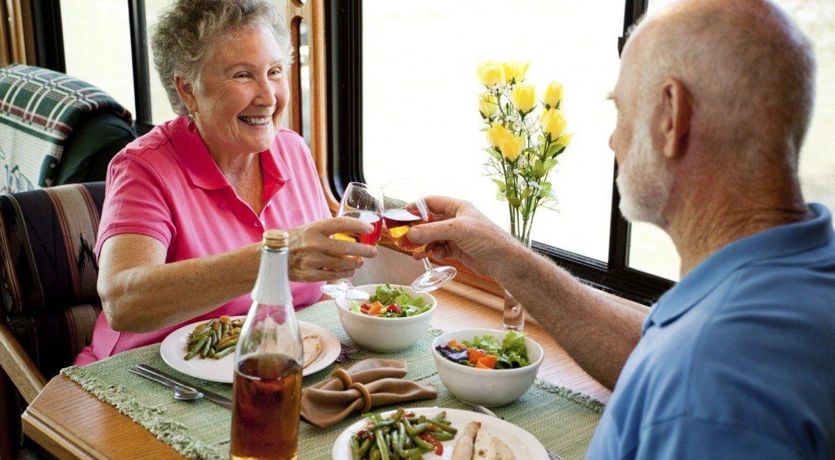 Read more about the article Alimentação saudável pessoa Idosa